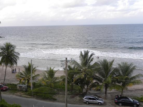 Anise Resort and Spa: Beach across the street