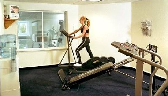 Cherry Tree Inn & Suites: Exercise Room