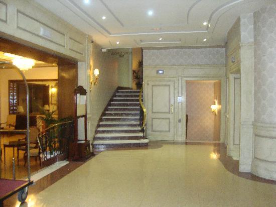 Principe Pio Hotel Lobby