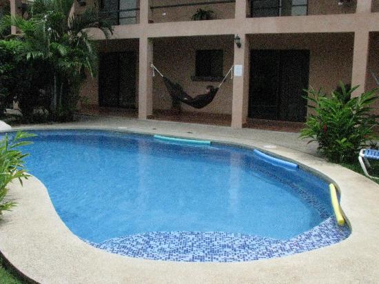 Hotel Surf Camp Mediterraneo : pool