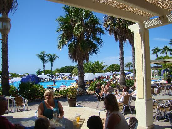 Adriana Beach Club Hotel Resort: View from the bar towards the pool
