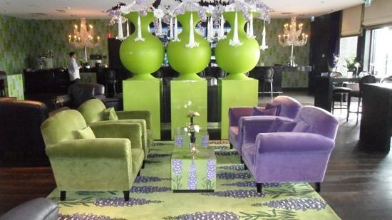Van der Valk Hotel Duiven : gezellige bar hotel duiven