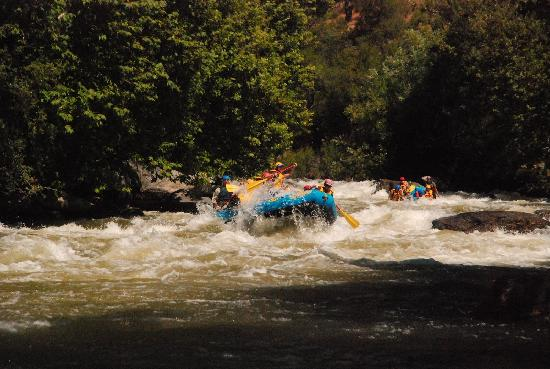 Mountain & River Adventures: Lower Kern Class IV Rapid