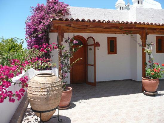 Lavanta Hotel: Eingang Keramos