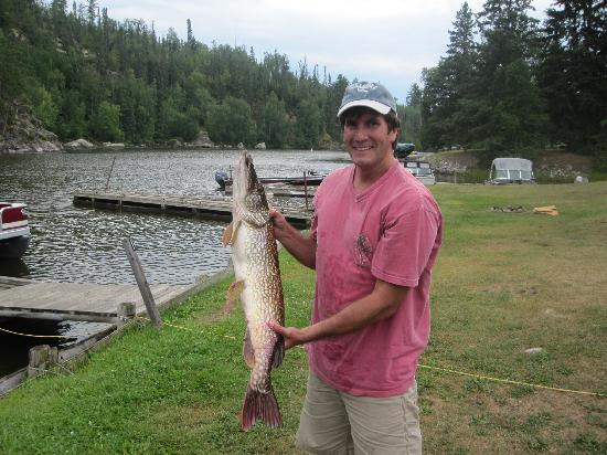 Sunset Resort and Campground: Al's first ever northern pike!