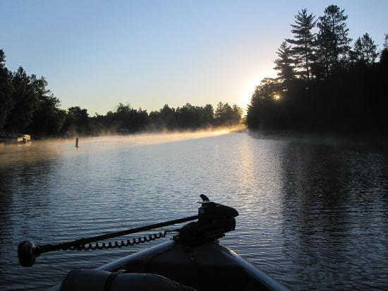 Sunset Resort and Campground: A scenic early morning trip down the Ash River