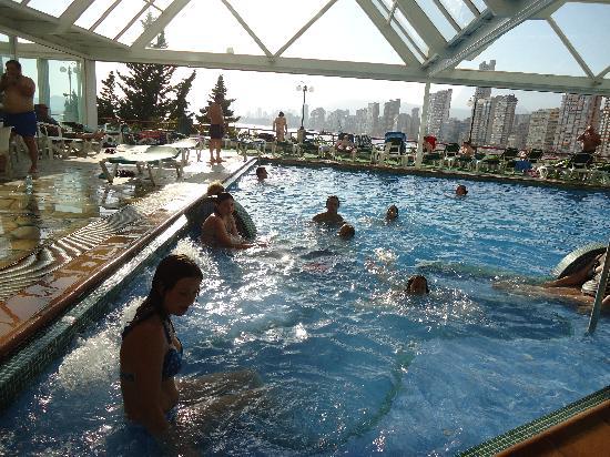 Hotel Benikaktus: fijn zwembad, direkt aan het strand