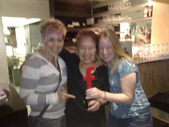 Simply Thai: Annette & Tam with Chef/Owner