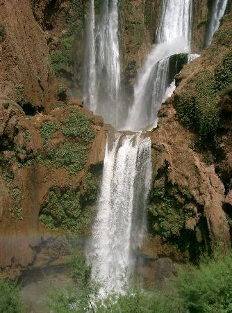 Fas: cascadas ozoud