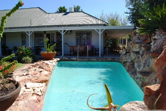 Best Little Guest House: Mountain Rock Pool for those hot summer days