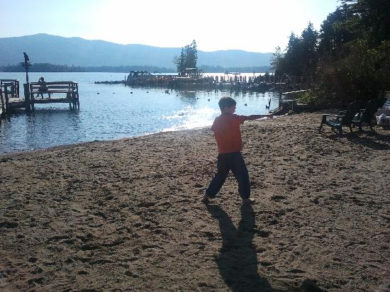 Golden Sands Resort on Lake George : My son practicing his Karate forms on the beach early Friday morning...