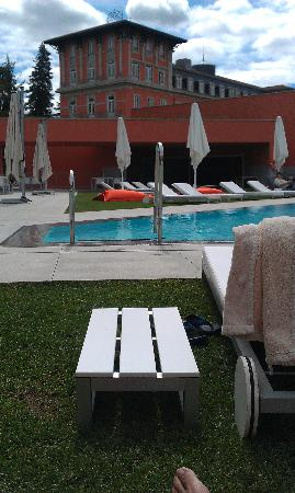 Vidago Palace Hotel: The SPA and pool are very well integrated with the main building