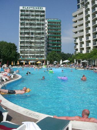 Pool and hotel picture of slavyanski hotel sunny beach - Sunny beach pools ...