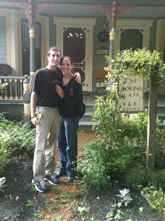 The Looking Glass Bed and Breakfast: Outside the B&B