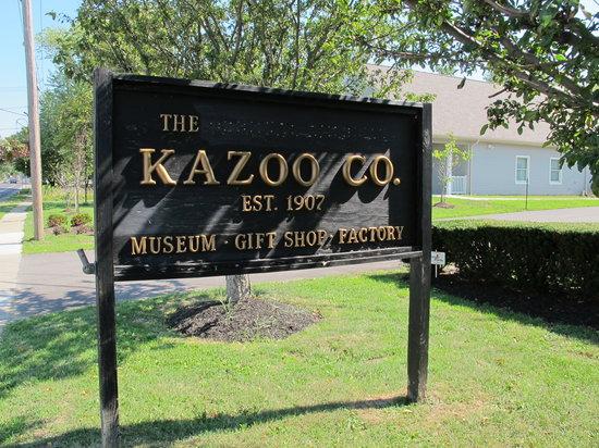 Kazoo Factory, Museum, & Gift Shop of Eden: Sign