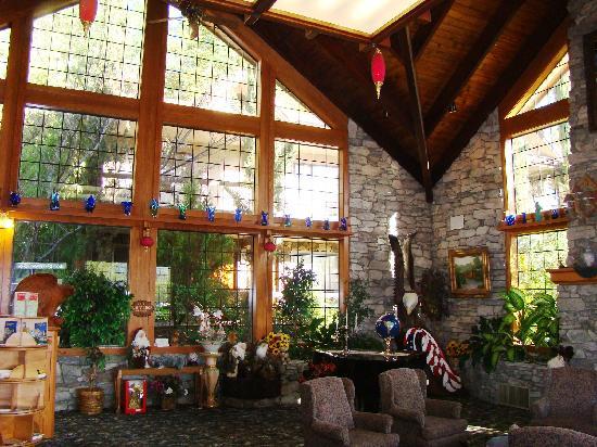 Best Western Plus Yosemite Gateway Inn Lobby Picture Of Best Western Plus Yosemite Gateway Inn Oakhurst Tripadvisor