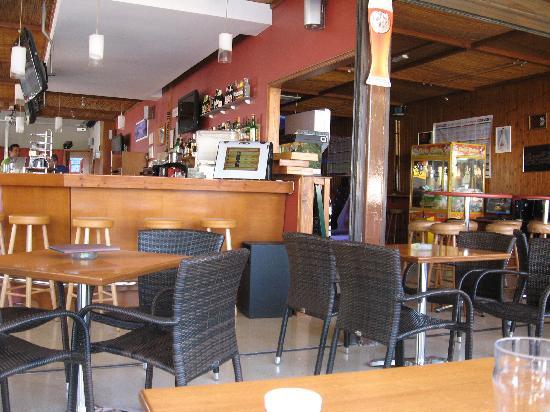 The Luna Bar: il pub da dentro