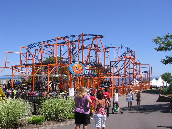Seabreeze Amusement Park: Whirlwind coaster