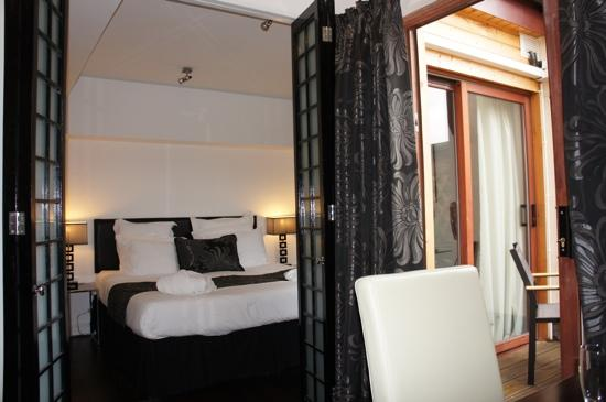 Strozzi Palace Boutique Suites by Mansley: Napoli Suite bedroom