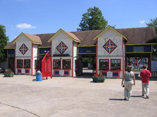 Conneaut Lake Park: Main Entrance