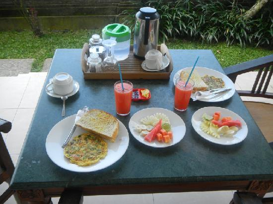 Permana Cottages: Colazione - Breakfast