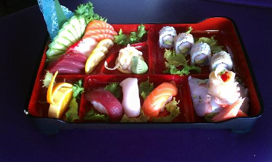 Tee Jay Thai Sushi in Wilton Manors: Sushi Bento Box