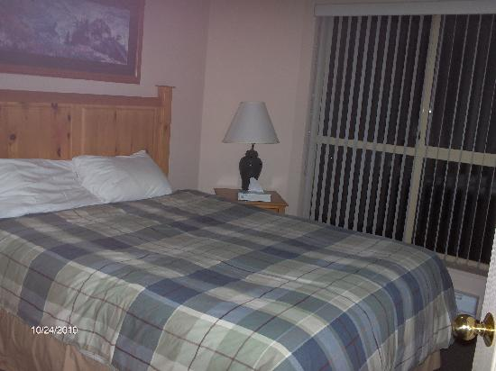 Mount Washington Alpine Resort: Deer lodge bedroom 1