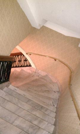 Historic Hotel Bethlehem: marble staircase to meeting rooms