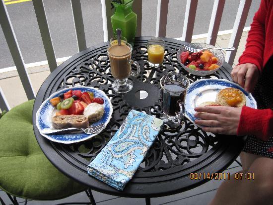 Lantana House: breakfast
