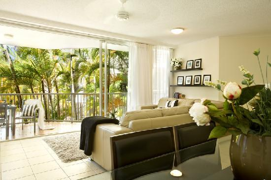 Noosa Tropicana: Relax in style