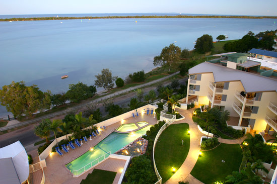 Moorings Beach Resort: Moorings at Dusk