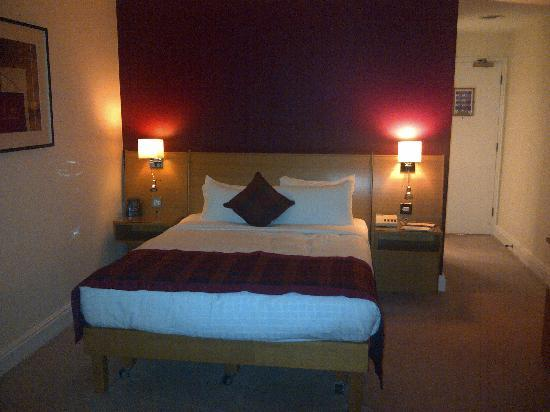 Hilton Northampton: The room
