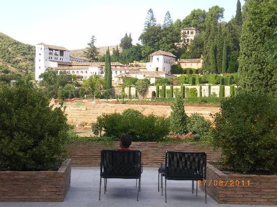 Parador de Granada: Lujo y relax con vistas increíbles