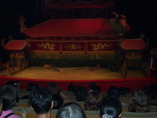Water puppet show at Thao Dien Village: Dragons