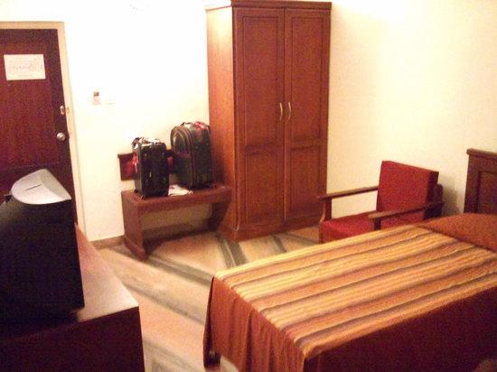 Central Park Hotel: Room 3