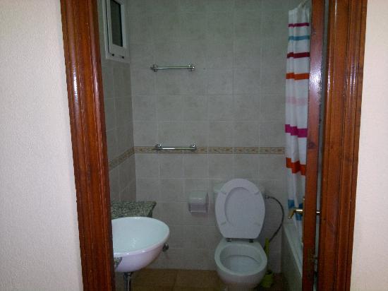 Apartamentos Binibeca Mar: Baño