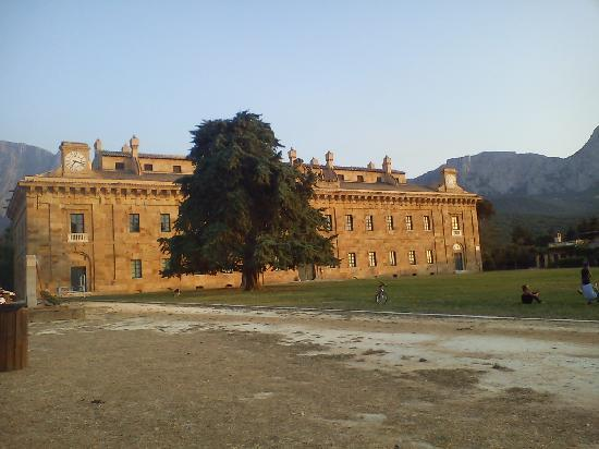 Agriturismo Busambra: Il Palazzo Reale