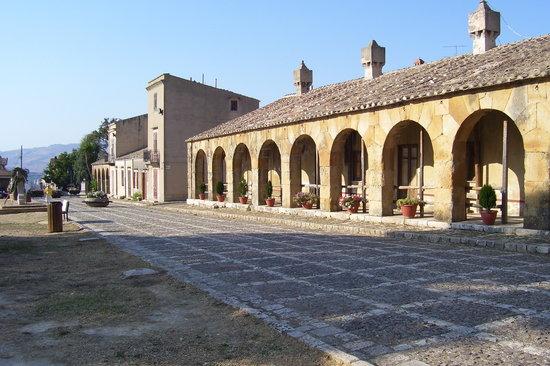 Ficuzza, อิตาลี: Scuderie Reali