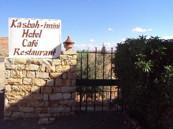 Kasbah Imini: entrée du jardin