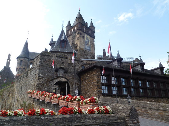 Cochem, Niemcy: entering the castle