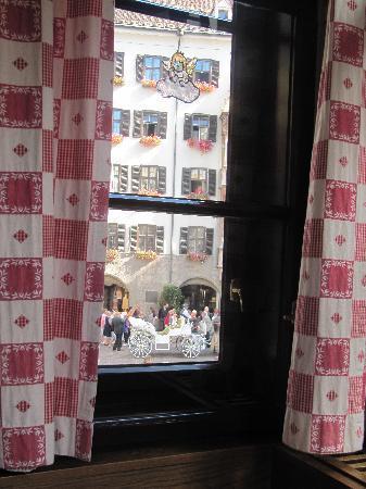 Hotel Restaurant Weinhaus Happ: Vista dalla sala da pranzo