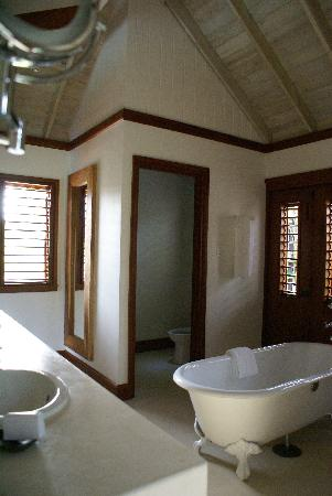 Oracabessa, Jamaica: Suite 8 bath