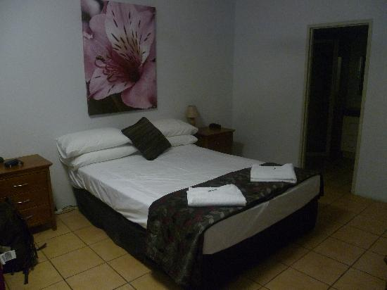 Photo of Cairns Reef Apartment & Motel