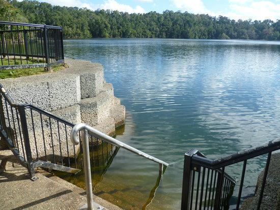 Atherton Tablelands : Lake Eacham