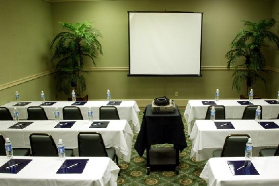 Lafayette Garden Inn & Conference Center: Meeting Room