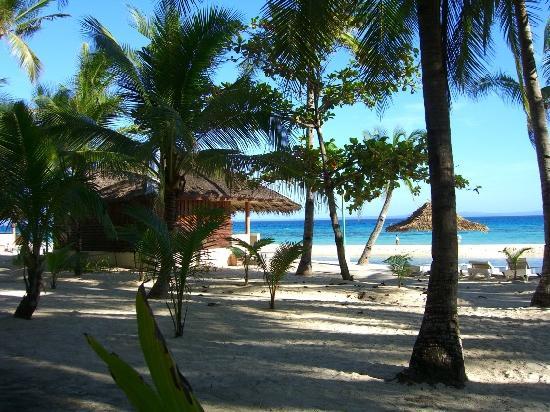 Kota Beach Resort: ビーチフロントのコテージ