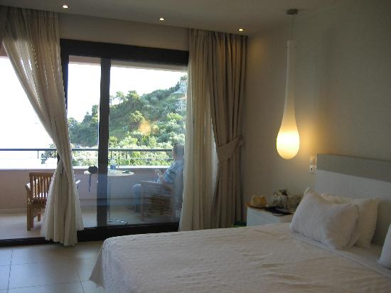 Kassandra Bay Resort & SPA: Room 419 in new wing.