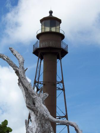 Lighthouse Resort & Club: Lighthouse at Point of Sanibel Island
