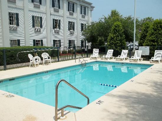 นิวแนน, จอร์เจีย: Pool Area