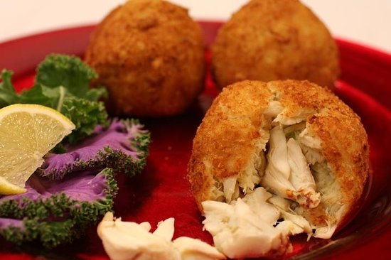 Sarah K's Gourmet: World Famous Jumbo Lump Crab Cakes